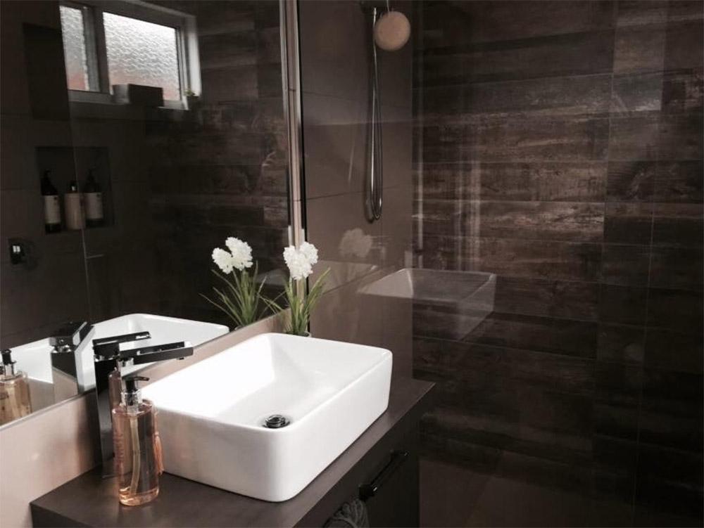 Modular-beach-house-Honeysuckles-bathroom-Anchor-Homes