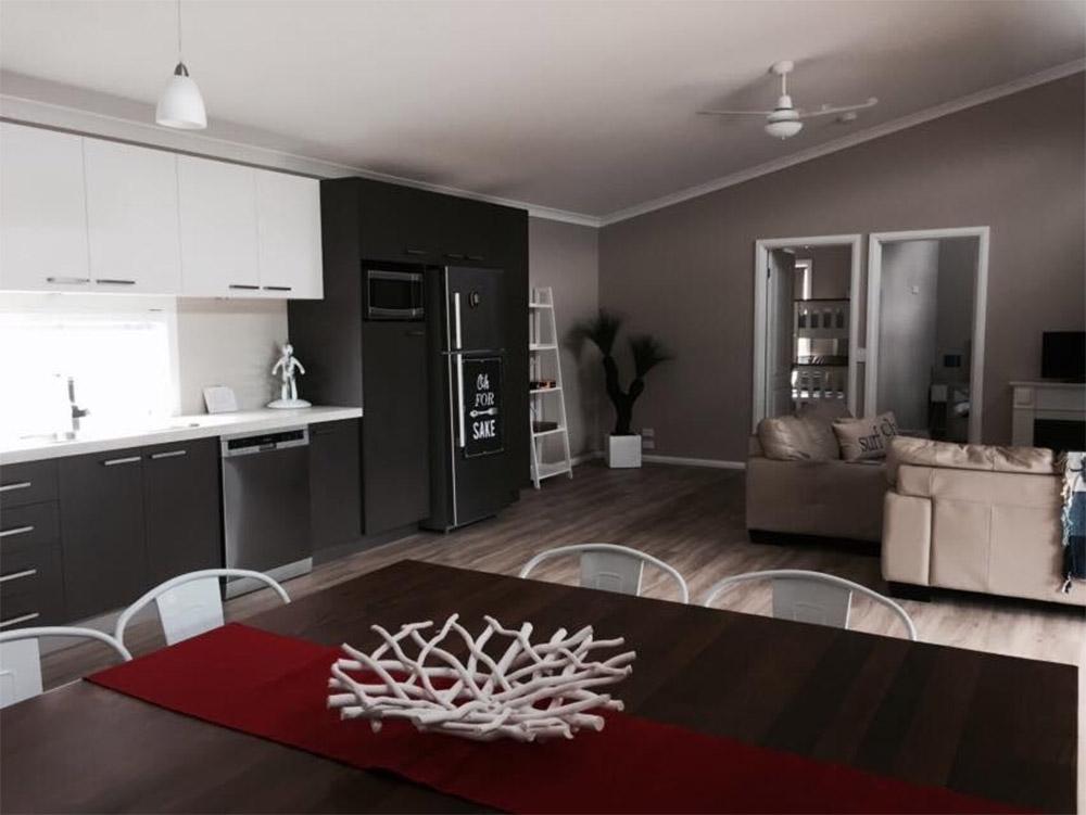 Modular-beach-house-Honeysuckles-dining-kitchen-area-Anchor-Homes
