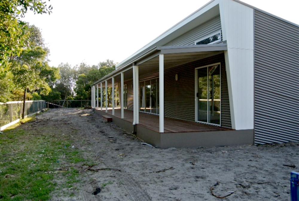 Modular-beach-house-Honeysuckles-exterior-front-Anchor-Homes