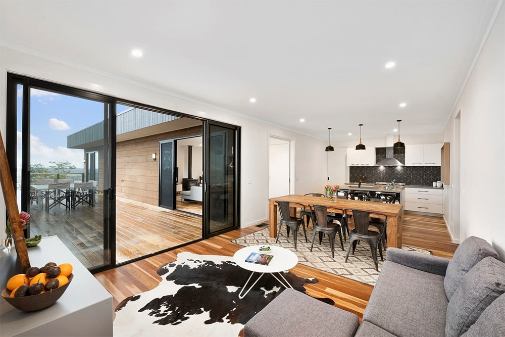 Project-Focus-Frankston-living-area-sliding-doors-deck---Anchor-Homes