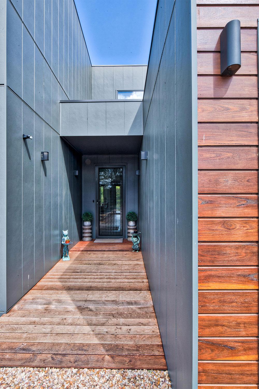 Project-Focus-Barwon-Daylesford-exterior-front-door