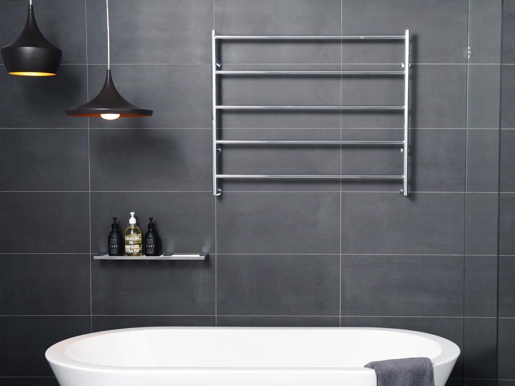heated towel rail.jpg