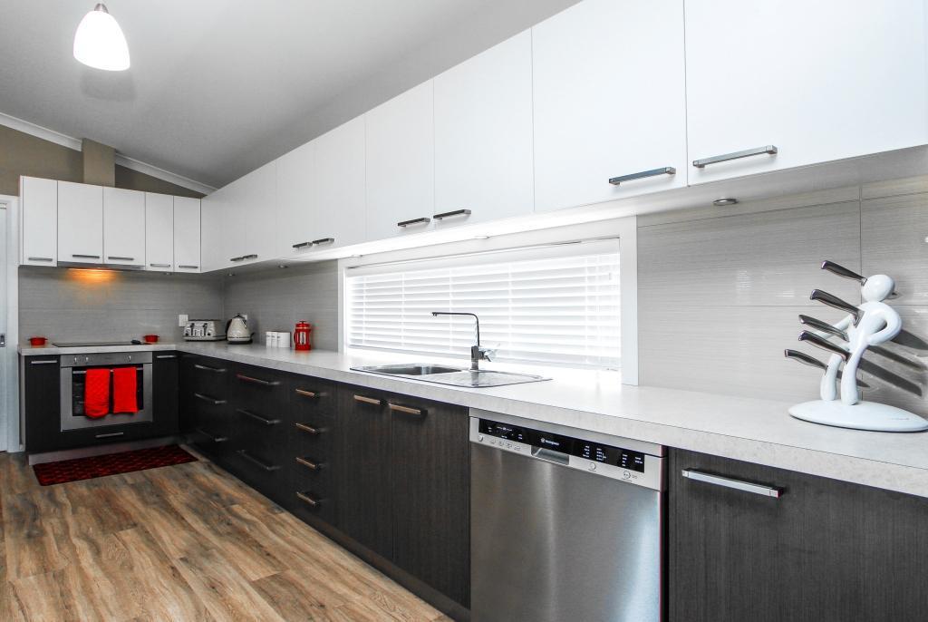 L-shaped kitchen.jpg