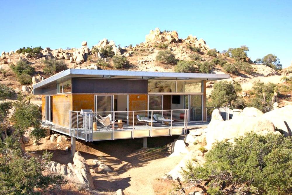 prefab house-desert.jpg