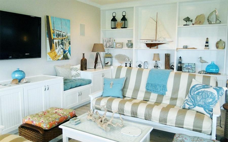 beach house colurs and textiles.jpg