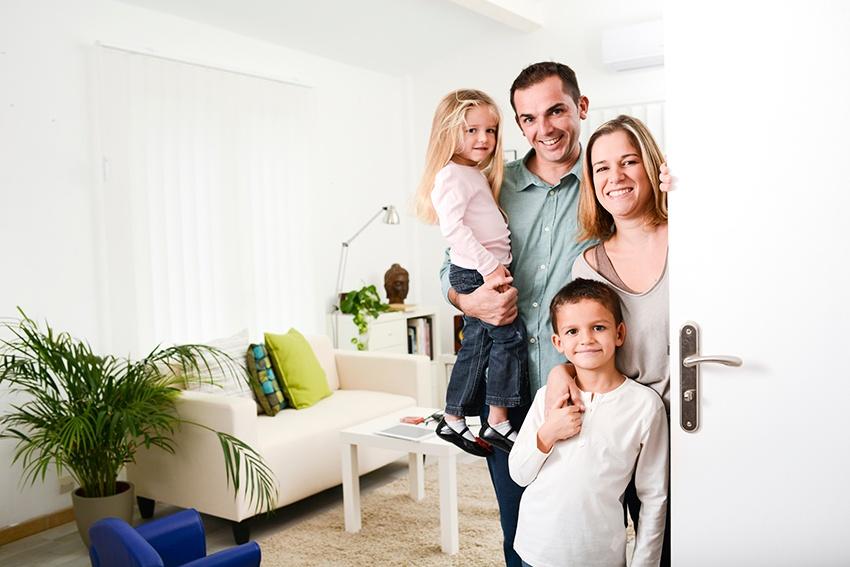 happy_family_home.jpg