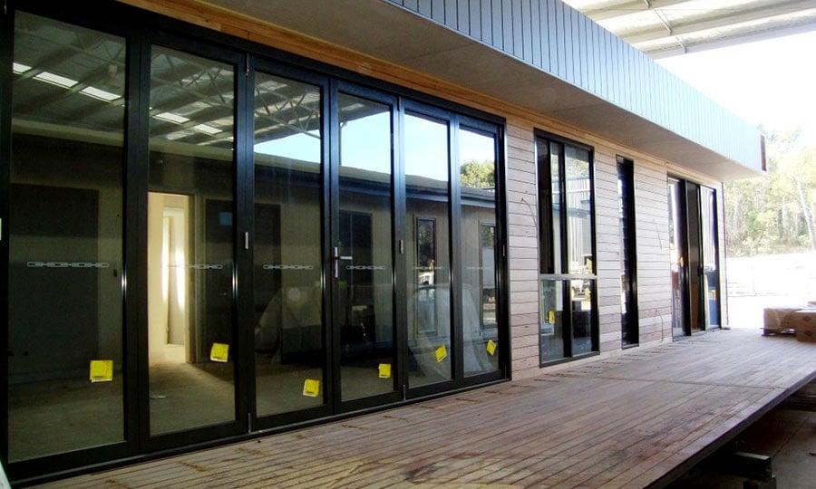 4---lock-up-stage-weathertex--timber-cladding-installed.jpg
