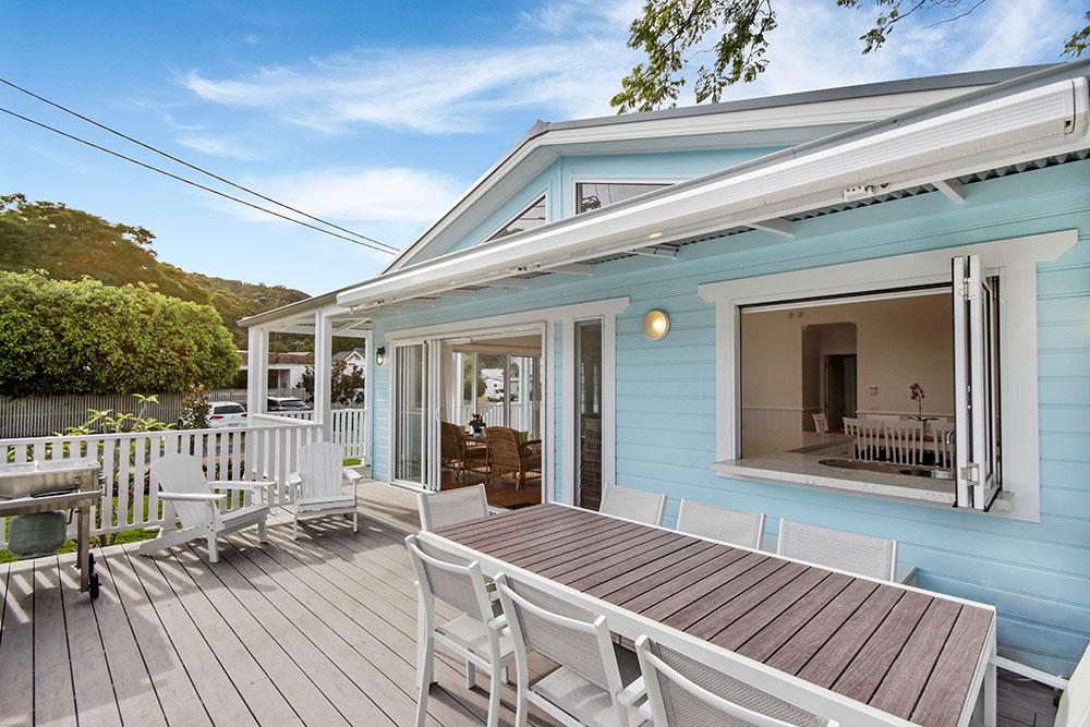 outside-deck-1-Patonga-Beach