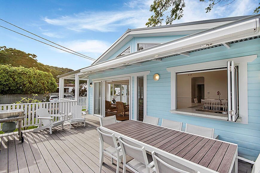 outside-deck-1-Patonga-Beach